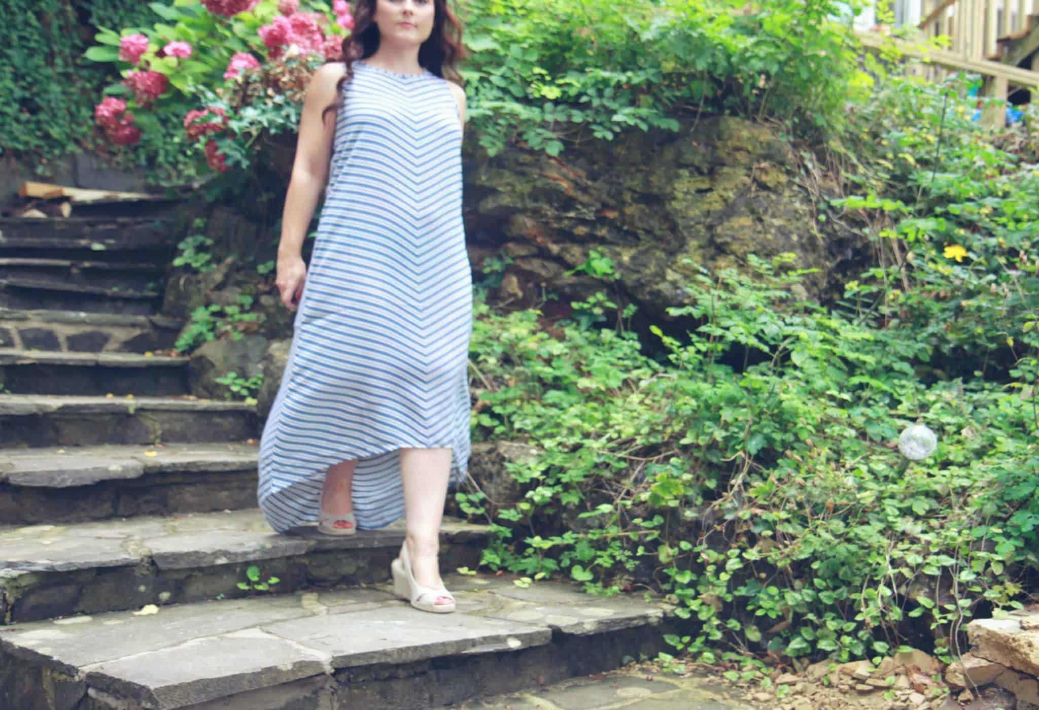 Beautiful floaty summer dress in a striped pattern with trapeze style hem