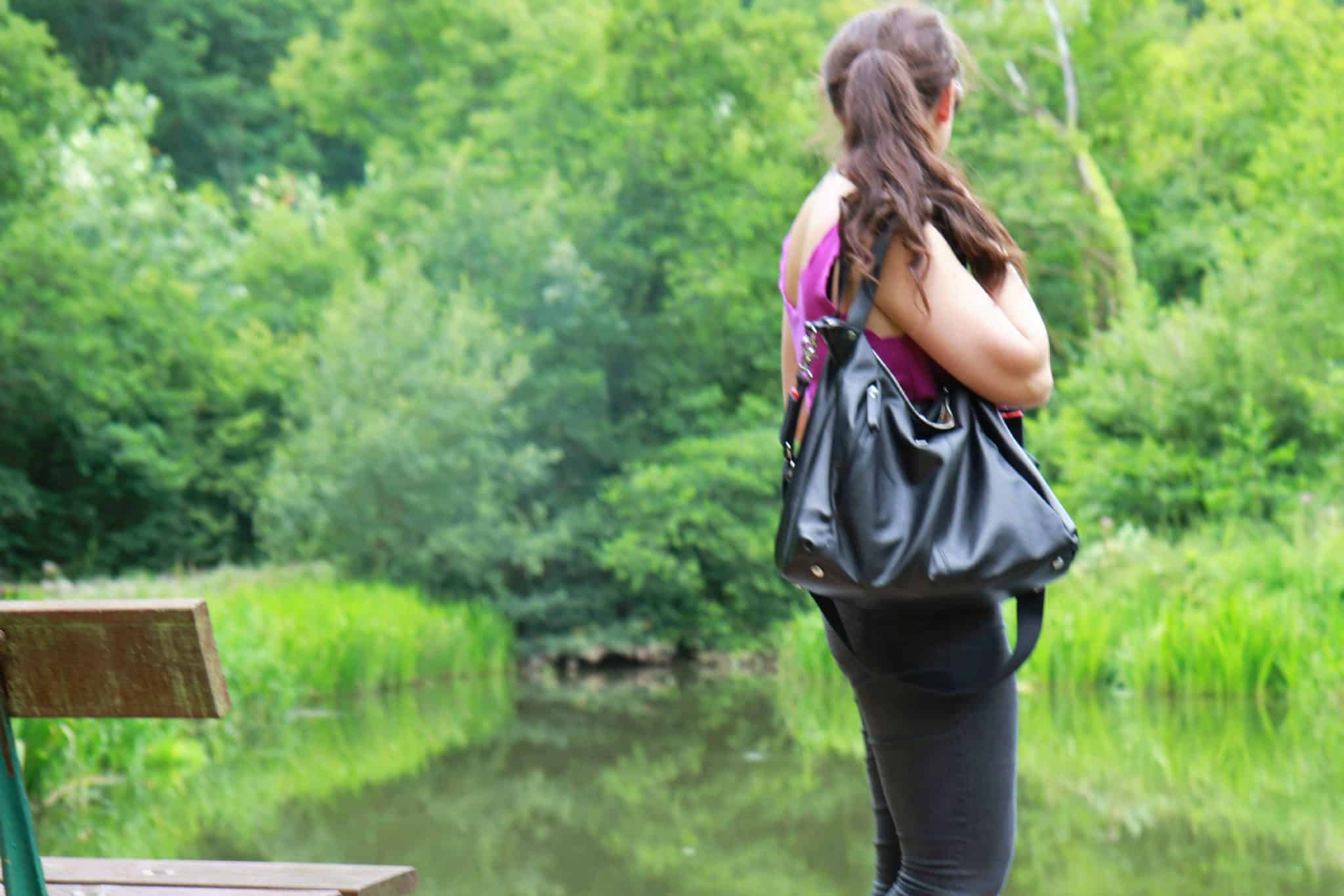 looking across river modelling bag from Srorksak Autumn Winter collection