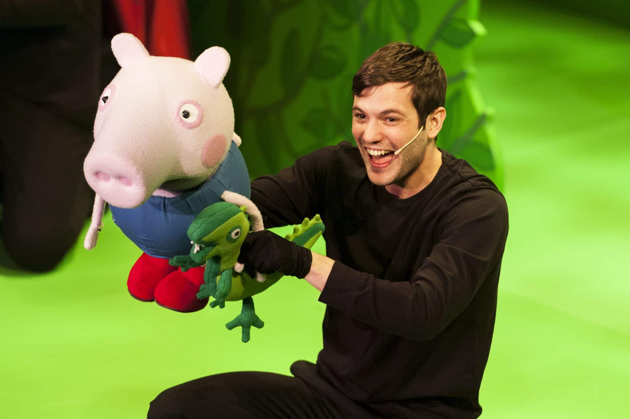 George from Peppa Pig's Surprise Live UK tour