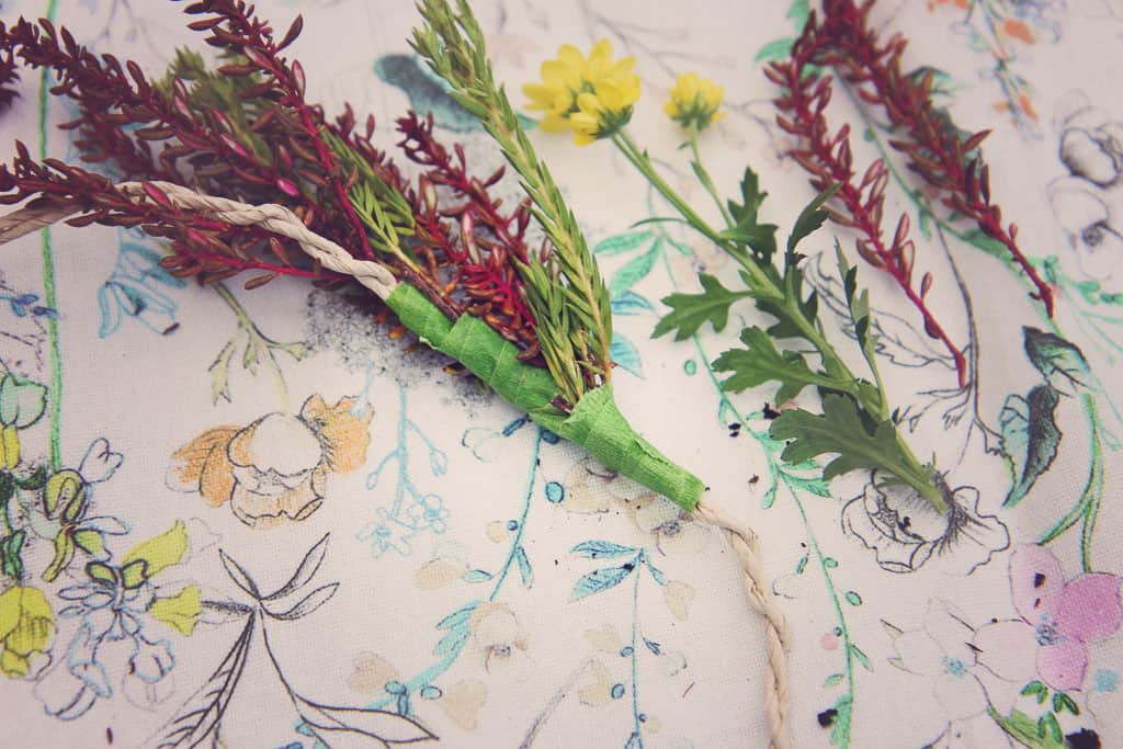 How to make a flower crown step by step