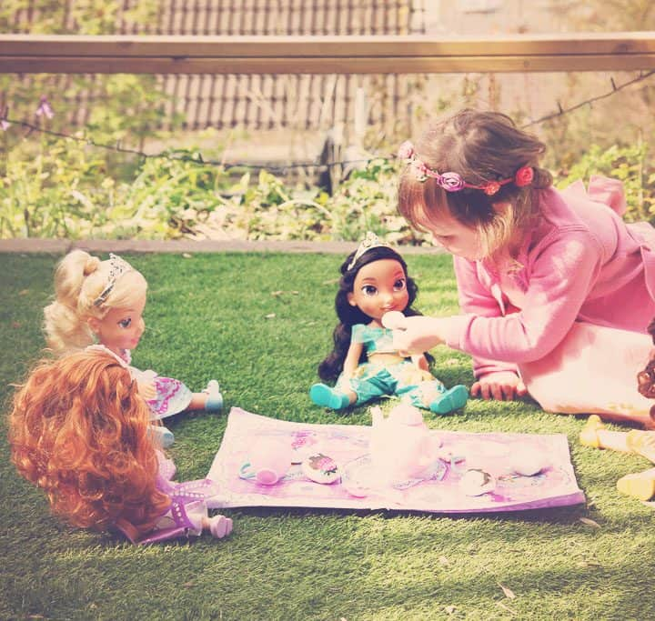 Tea party with #DisneyToddlerDolls