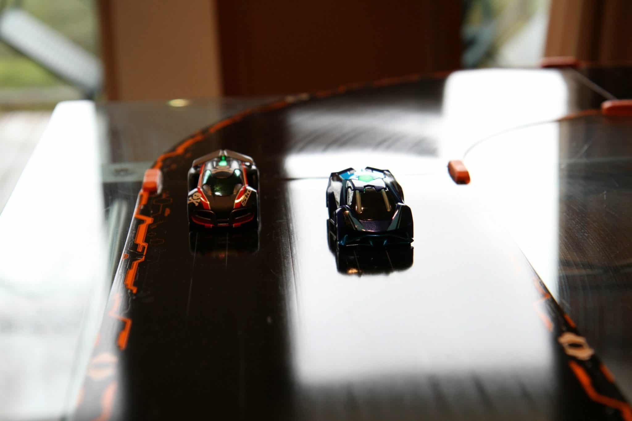 Groundshock and skull-Anki overdrive cars from the starter kit