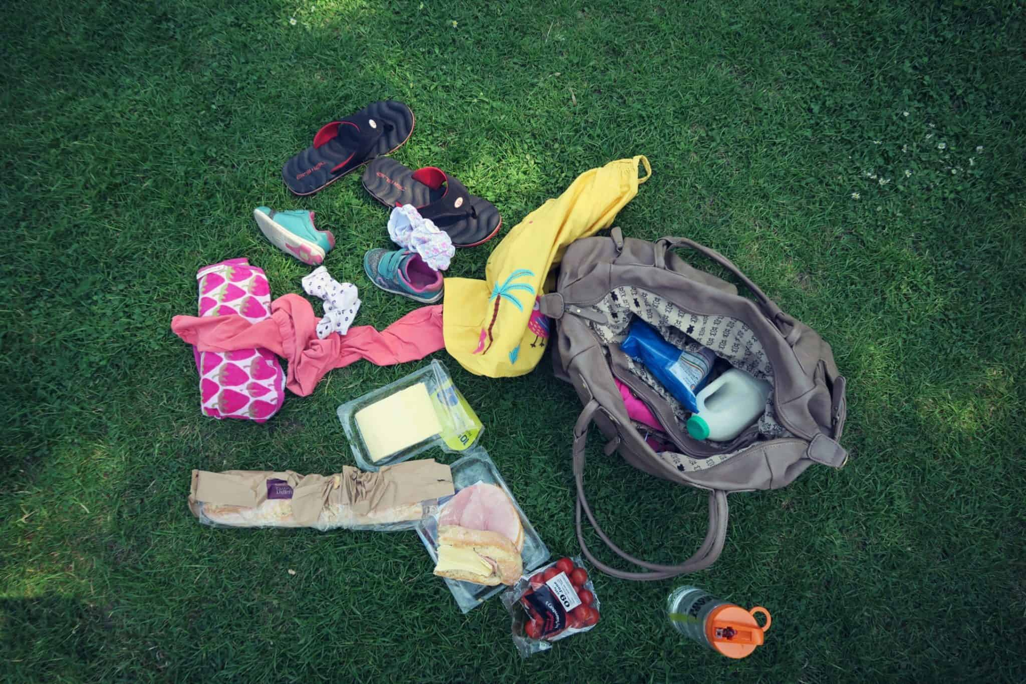 Contents of byStroom changing bag . How much can you fit into one bag. Interior of Ganly changing bag byStroom