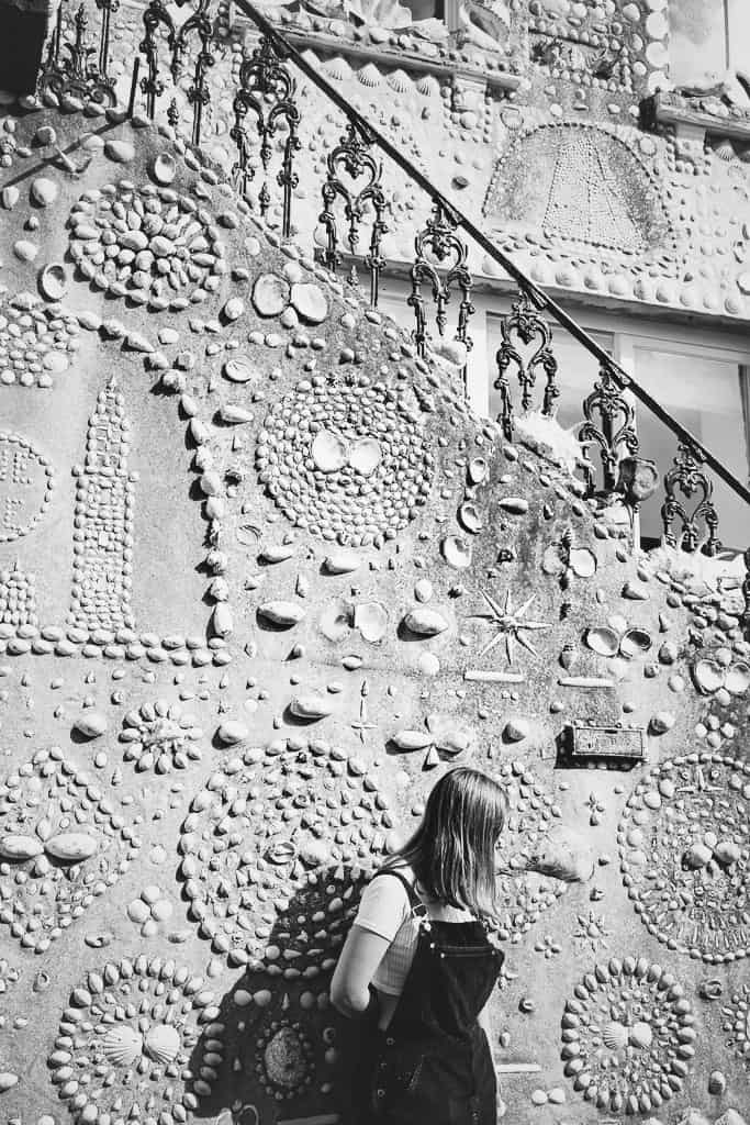 house covered in shells Polperro