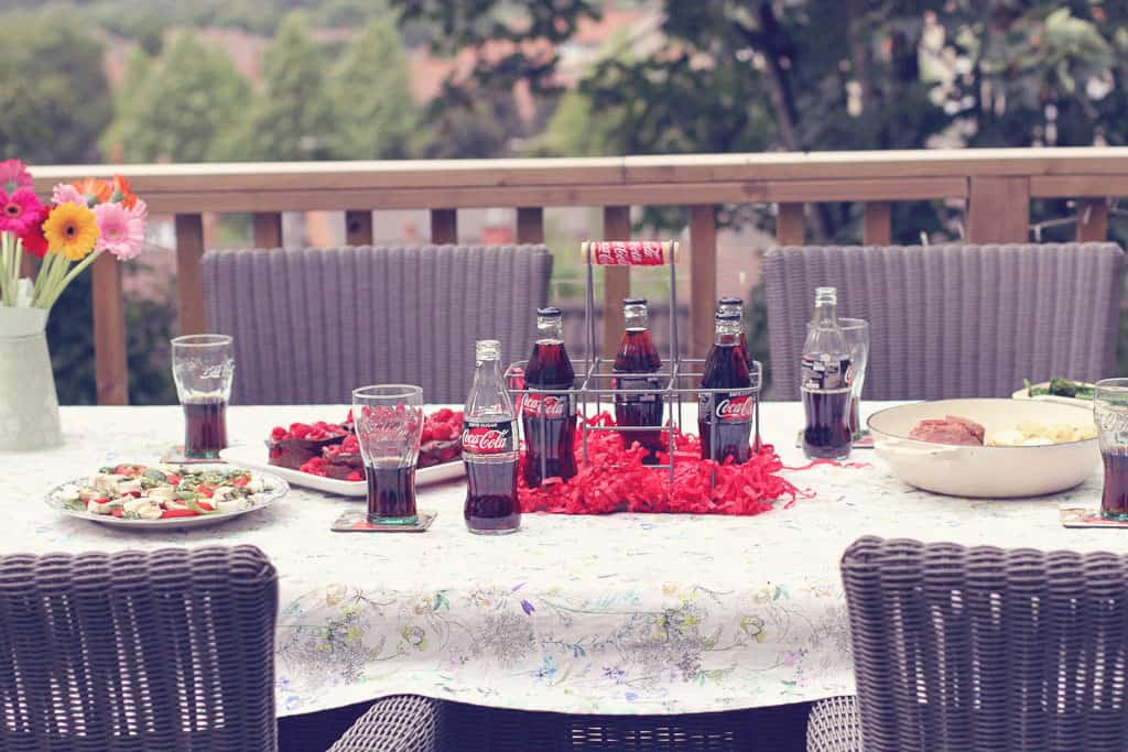 Dinner party with Coca-Cola Zero Sugar