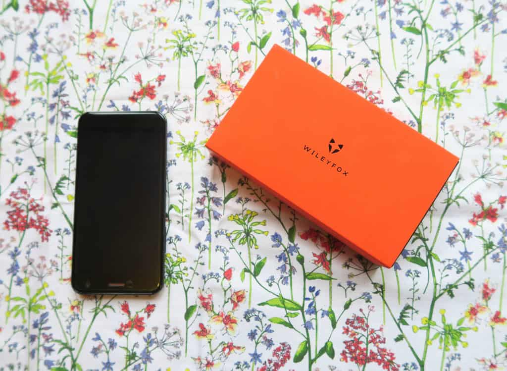 Wileyfox spark plus and orange branded packaging