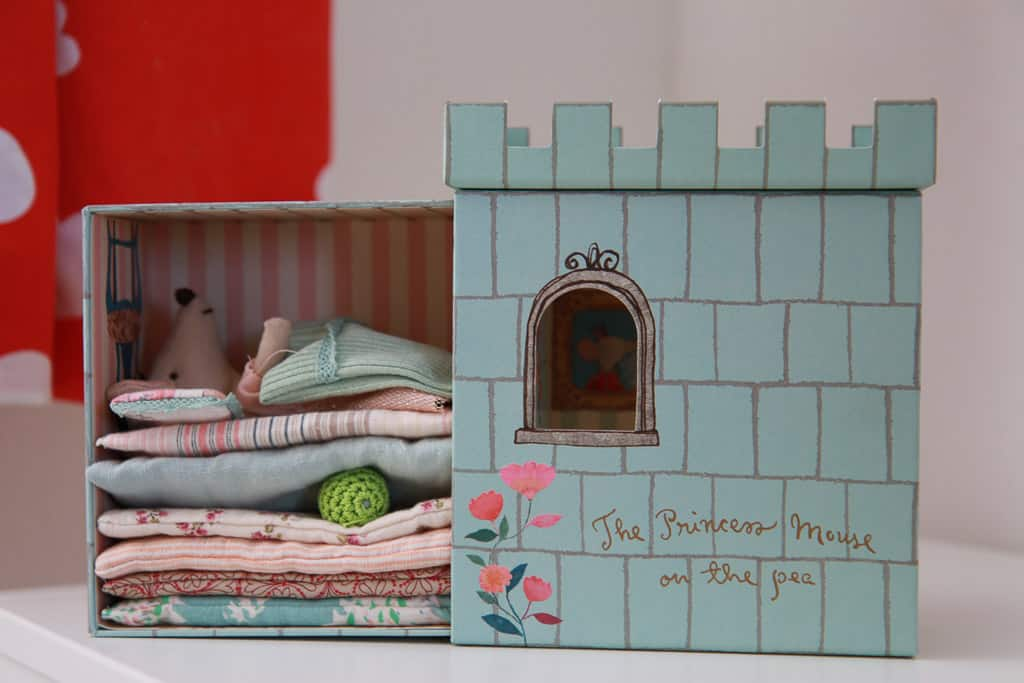 Princess mouse and the pea Little Baby Company