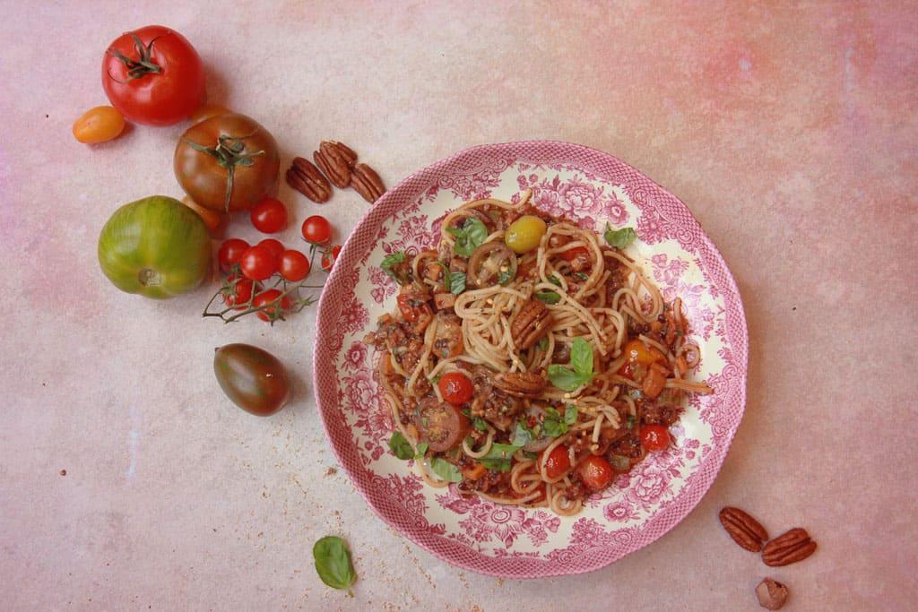 How to make a vegan bolognese