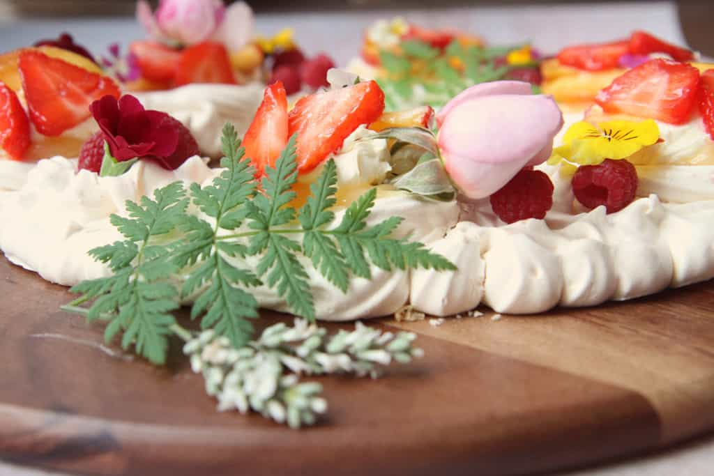Meringue decorated with edible flowers