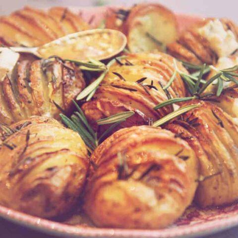 Hasselback potatoes with rosemary and gorgonzola