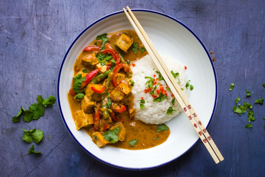 A bowl of Tofu Satay with sticky rice
