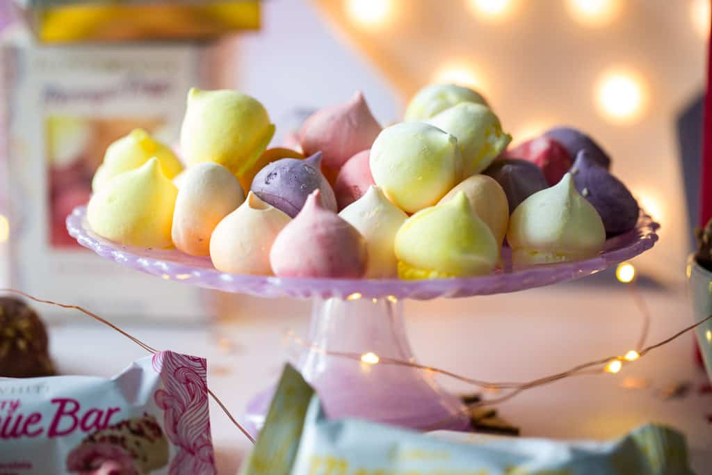 Meringue drops from Flower and White