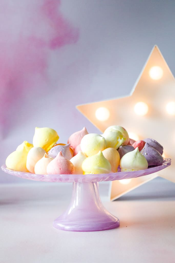 Flower and White Fruit Meringue Drops
